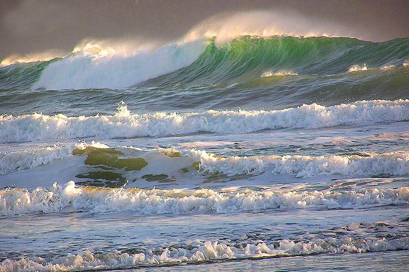 Cox Bay Beach Surf, Tofino, BC